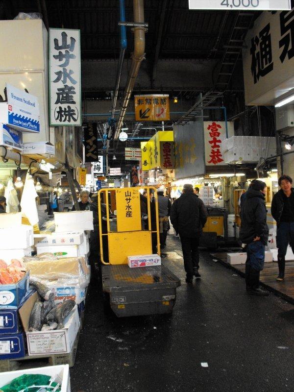 motorised-cart-fish-market